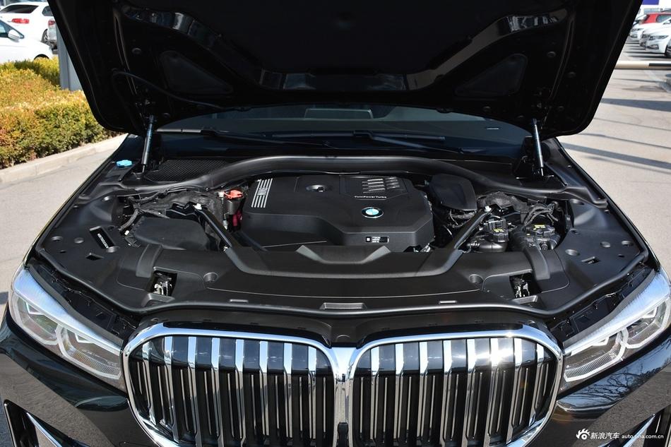 2019款宝马7系改款730Li 2.0T自动豪华套装