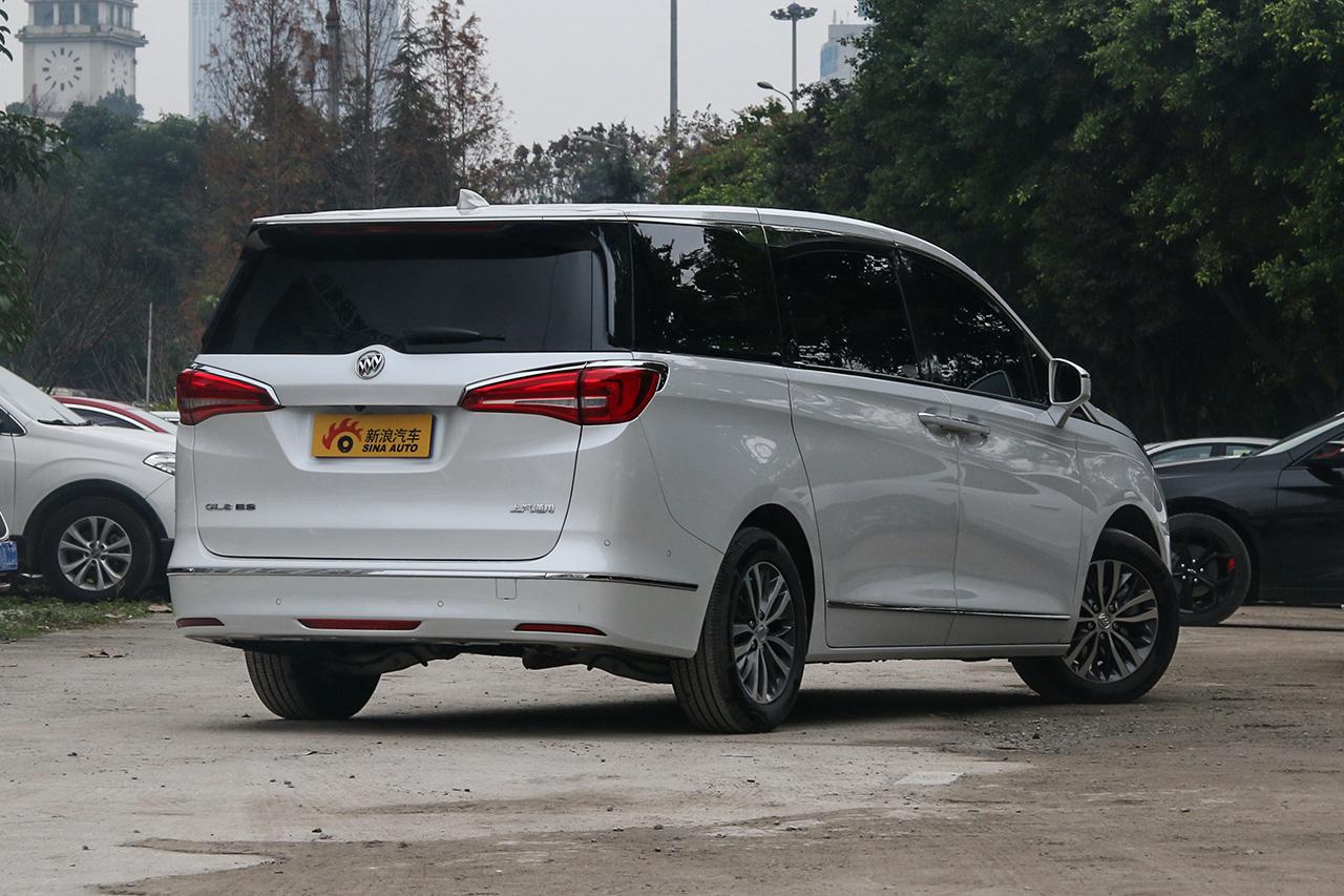 2018款别克GL8 ES 2.0T自动28T旗舰型国VI
