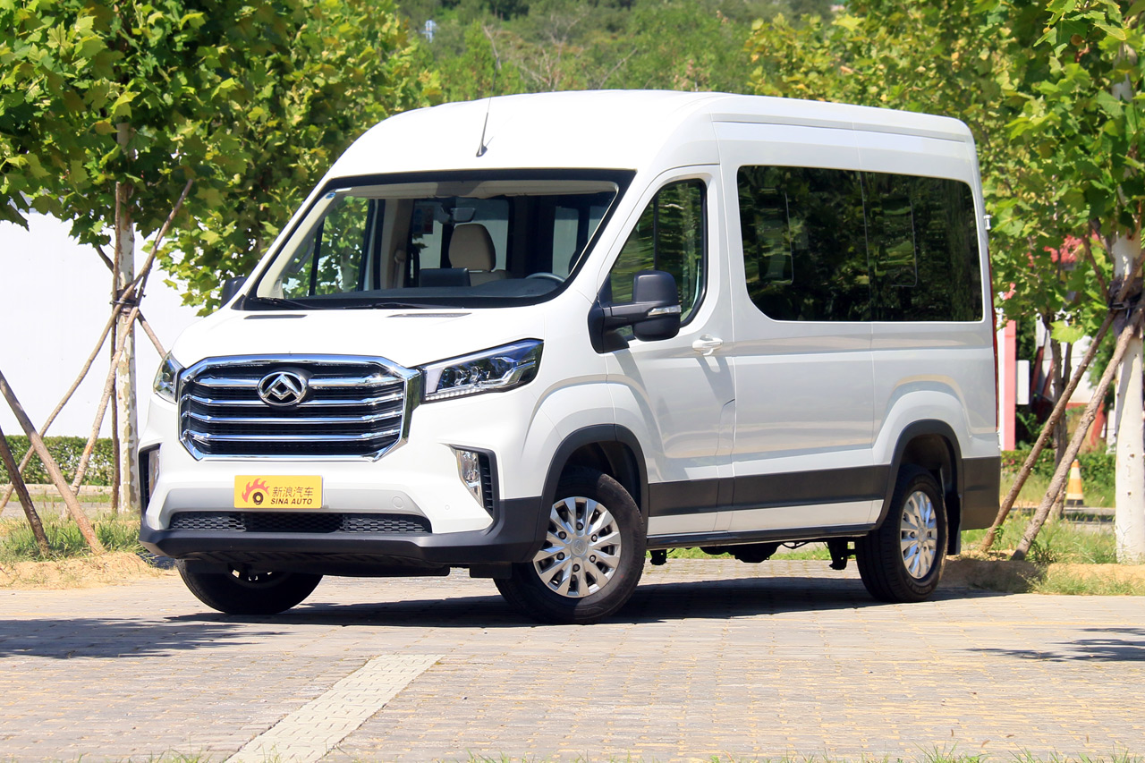 2019款上汽MAXUS V90 自动单胎长轴高顶9座