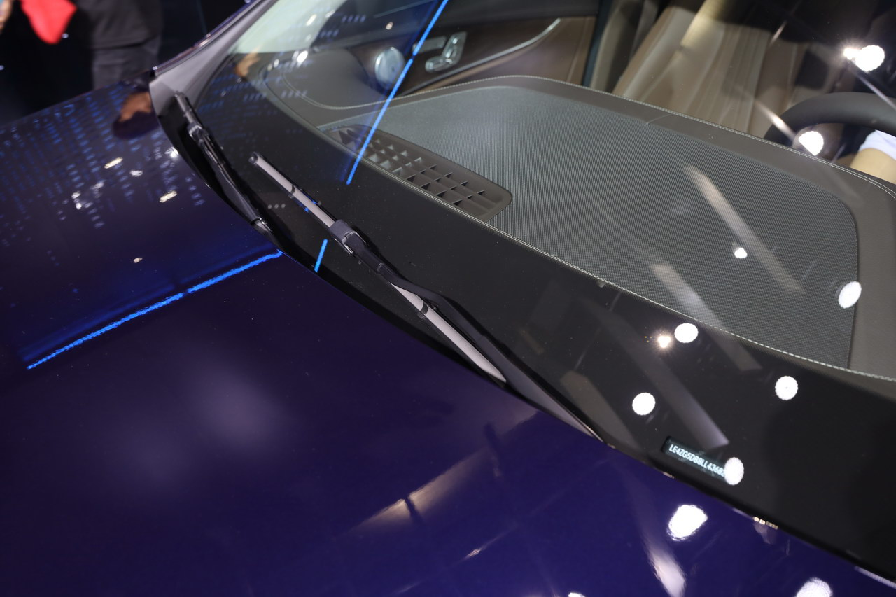 2019广州车展实拍:奔驰E级E300e L Sedan