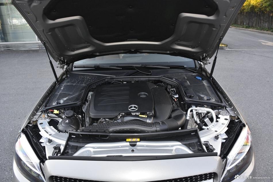 2020款奔驰C级1.5T自动200轿跑车