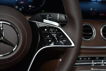 2021款奔驰E级混动 350 e L 插电式混合动力轿车