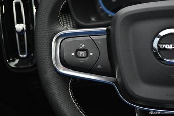 2021款沃尔沃XC40纯电 四驱智雅运动版