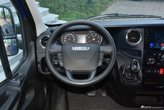 2021款依维柯欧胜3.0T自动超瑞长轴短悬高顶侧拉门