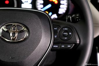 2020款广汽丰田 威兰达 两驱 混动版